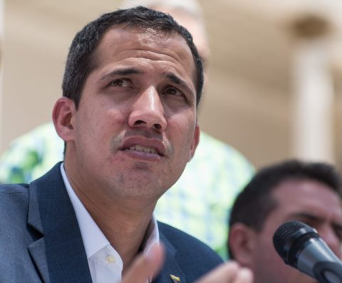 VENEZUELA: GUAIDÓ DOWN, POMPEO PUMPS HIM UP